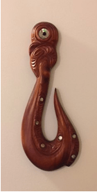 photo of Maori carving by Ron Blicq